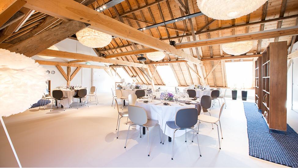 Feestlocatie Buitenplaats Amerongen heeft verschillende zalen voor je personeelsfeest in Amerongen.