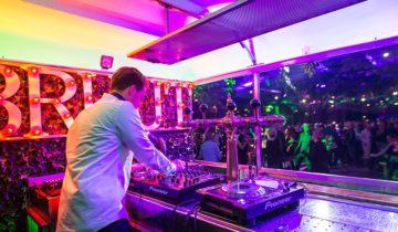 DJ bij t' Boshuys feestlocatie in Best.