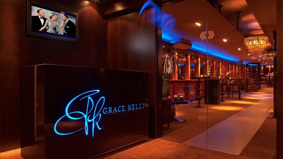 Een sfeervolle entree voor jullie personeelsfeest op feestlocatie Grace Kelly in Rotterdam.