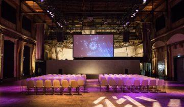 Plenaire presentatie feestlocatie de Lichtfabriek in Haarlem.
