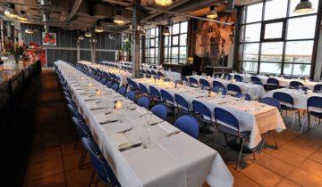 Bij feestlocatie de ij kantine in Amsterdam kun je goed terecht voor een exclusief diner met collega's.