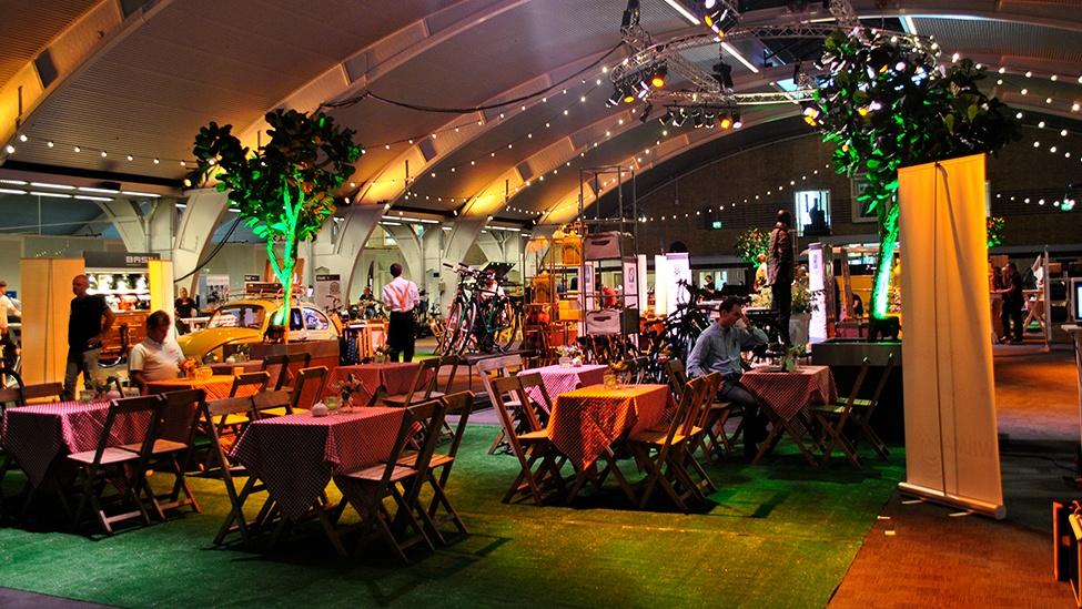 Een corporate festival bij 1931 congrescentrum Brabanthallen feestlocatie in Den Bosch.