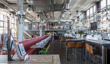Zicht op het interieur van de ij-kantine feestlocatie Amsterdam.