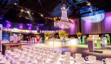 Ontvangst bij central studios feestlocatie in Utrecht.