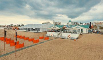 Feestlocatie Beachclub O in Noordwijk aan Zee vanaf het strand.