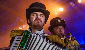 P(ro)ost Corona Party party na corona De Coronas