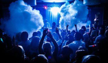 Dansen tijden het Ibiza Strandfeest