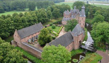 Bovenaanzicht kasteel Doorwerth Feestlocatie Doorwerth