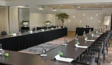 Vergadering of presentatie bij Landgoed De Wilmersberg feestlocatie in de Lutte