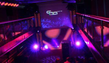 Led scherm op de Pure-liner. Feestlocatie Amsterdam