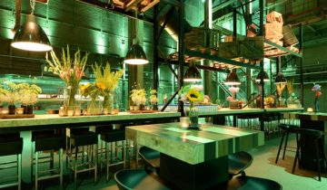 Borrelen kan ook bij feestlocatie SugarCity in Amsterdam.