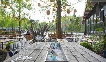 Borreltafel bij strandzuid feestlocatie in amsterdam.