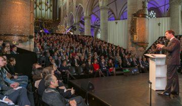 Congressetting bij de Pieterskerk Leiden.