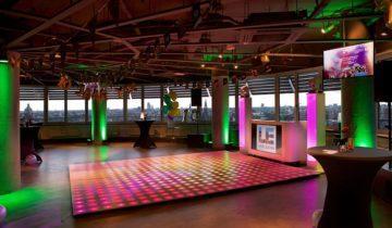 Lege dansvloer bij Level Eleven feestlocatie Amsterdam.