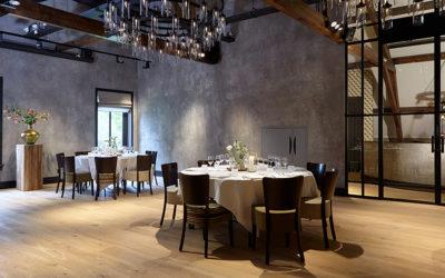 Een diner setting voor tijdens een personeelsfeest bij feestlocatie Mereveld in Utrecht.