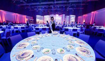 Dineer samen met collega's tijdens jullie personeelsfeest bij het NBC Congrescentrum in Nieuwegein.