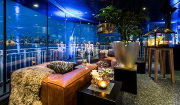 De foyer van feestlocatie oceandiva original in Amsterdam.