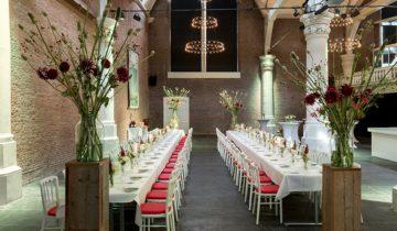 diner setting in de st. Olofskapel feestlocatie Amsterdam