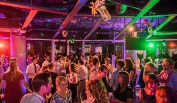 Personeelsfeest bij feestlocatie Level Eleven in Amsterdam.