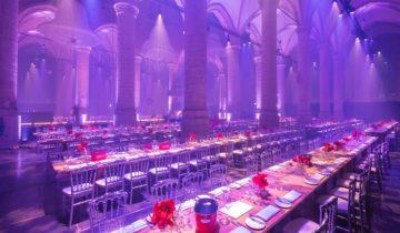 Sitdown dinner bij de Pieterkerk feestlocatie Leiden.