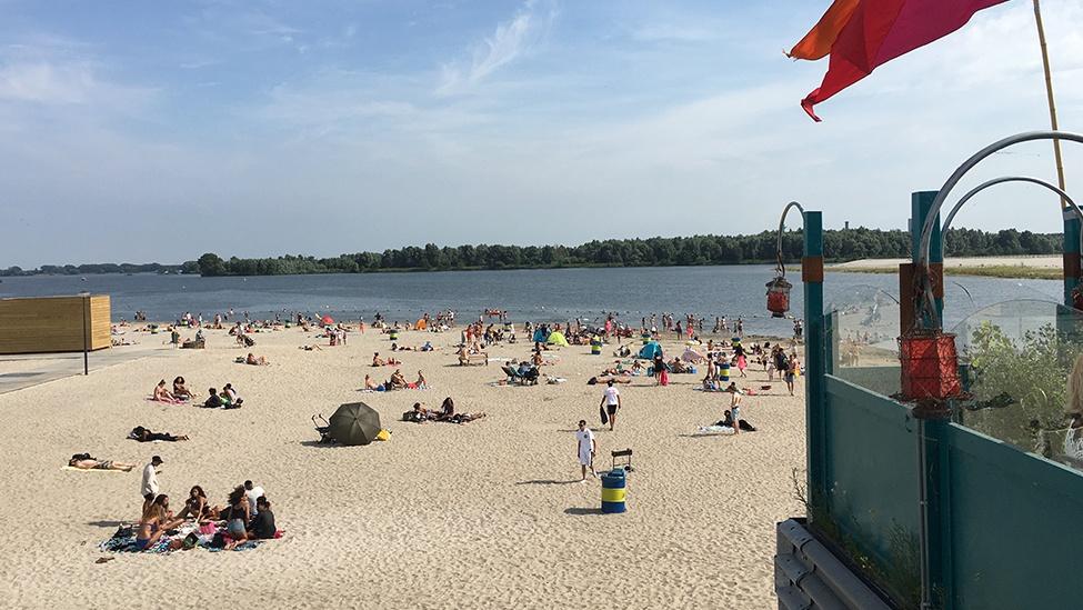 Stranden Nederland; de leukste en mooiste stranden met kinderen per provincie; Blijburg aan Zee Amsterdam- Mamaliefde.nl