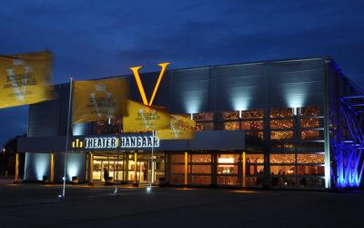 Voorzijde TheaterHangaar in Katwijk.