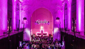 Feestsetting in grote zaal Rebelle Maastricht feestlocatie Maastricht.