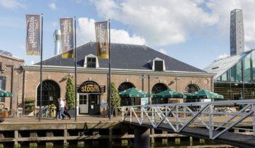Buitenaanzicht restaurant Stoom van feestlocatie De Kampanje in Den Helder.