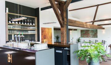 Bar van de Bronckhorst Hoeve feestlocatie in Brummen.