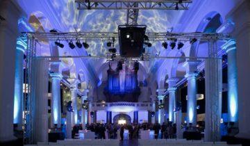 Plenaire setting bij St Jan feestlocatie Roosendaal.