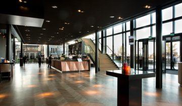 overzicht entree van Theater Amsterdam.