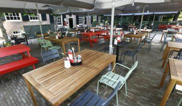Terras restaurant Hanekamp van het Openluchtmuseum feestlocatie in Arnhem.