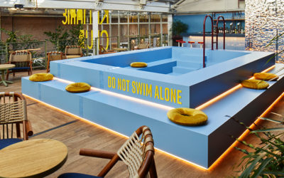 Zwembad in de Kanarie Club feestlocatie Amsterdam.