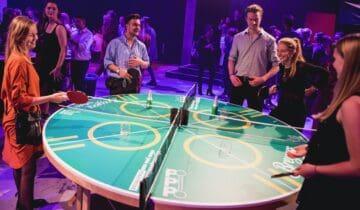 Ronde Ping Pong tafel tijdens bedrijfsevenement
